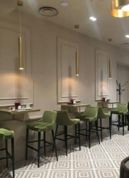 marchi-interior-design-arredamenti-luxury-arredi-bar-ristoranti-stile-moderno-sgabelli