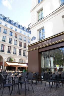 realizzazioni-arredamento-da-esterno-retail-bar-luxury-tavolini-esterni-parigi-francia