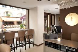 realizzazioni-arredamento-da-interno-retail-bar-luxury-gelateria-parigi-francia-sala-interna