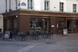realizzazioni-arredamento-esterno-bar-gelateria-parigi-francia-tavolini-da-esterno-02