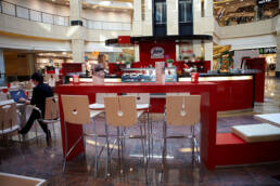 Kreationen-Design-Bar-Möbel-für-Outdoor-Café-Italienisch-Design-Seggrafedo-Moskau-Russland