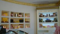 créations-design-d'intérieur-bar-aida-cafe-jeddah-arabie-saoudite-ameublement-patisserie