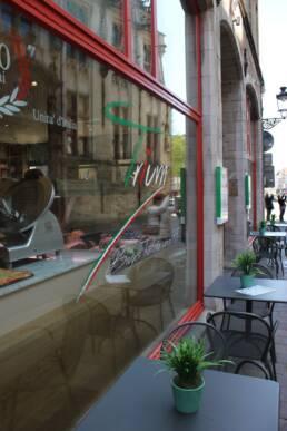 realizzazioni-ristorante-trattoria-trum-brugge-belgio-dettaglio-vetrina-esterna