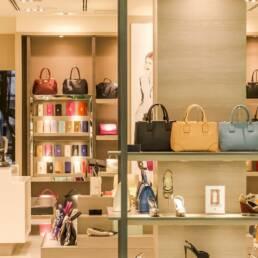 arredamento attività commerciali e negozi
